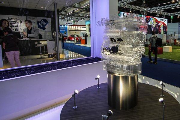 KSPG Motor aus Acrylglas